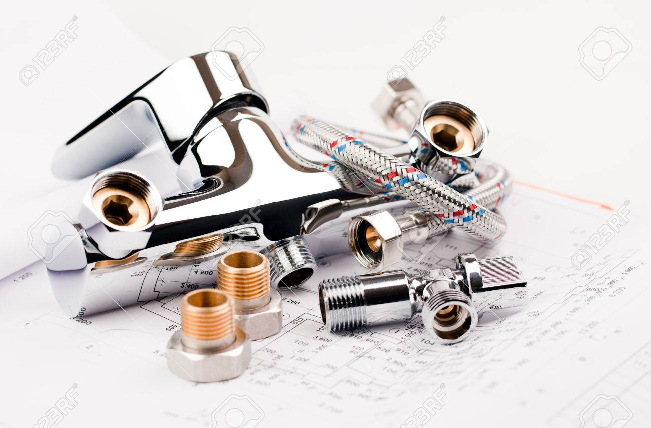 shower faucet, plumbing and draft for repair Standard-Bild - 37208274