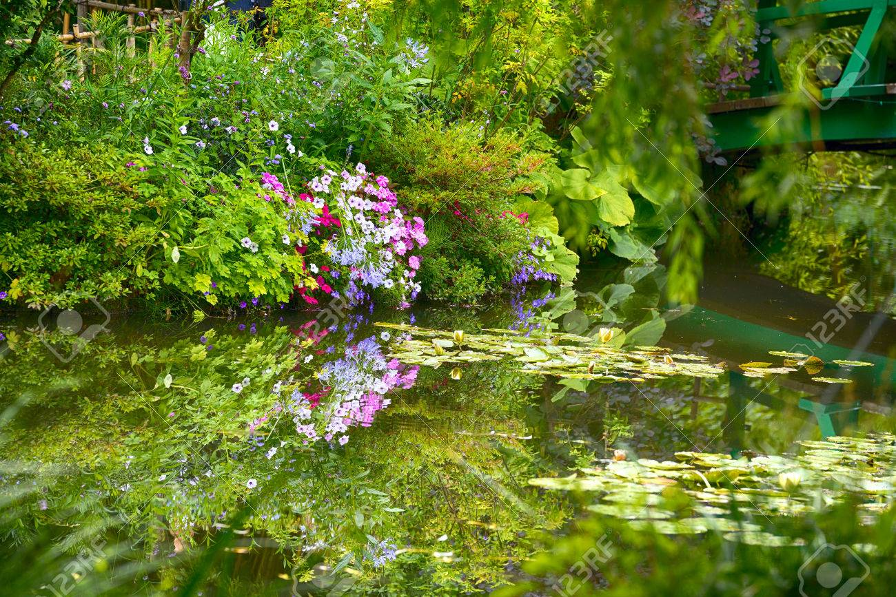 Beautiful Claude Monetu0027s Garden Of Giverny, Normandy, France In Auturmn  With The Iconic Green