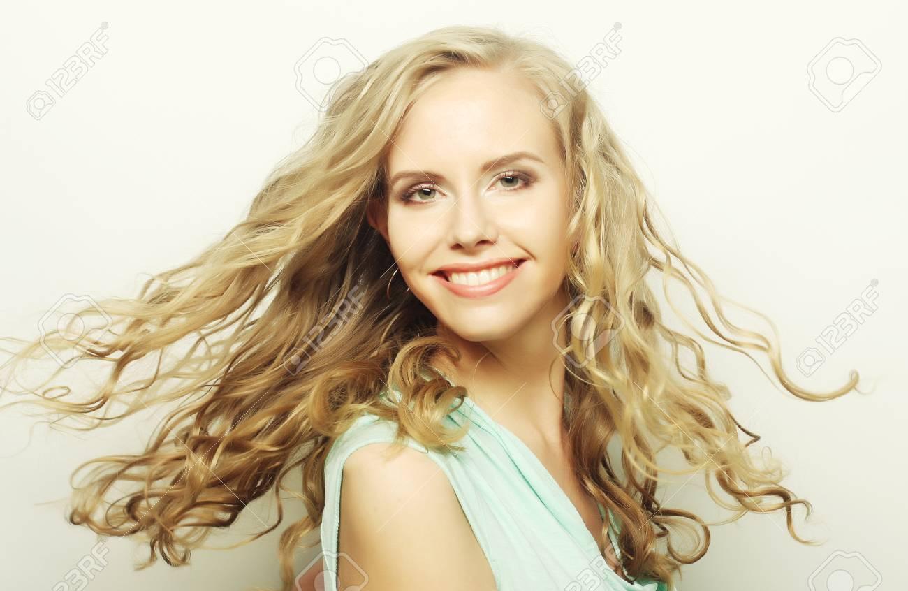 Hübsche mädchen blonde Die 50