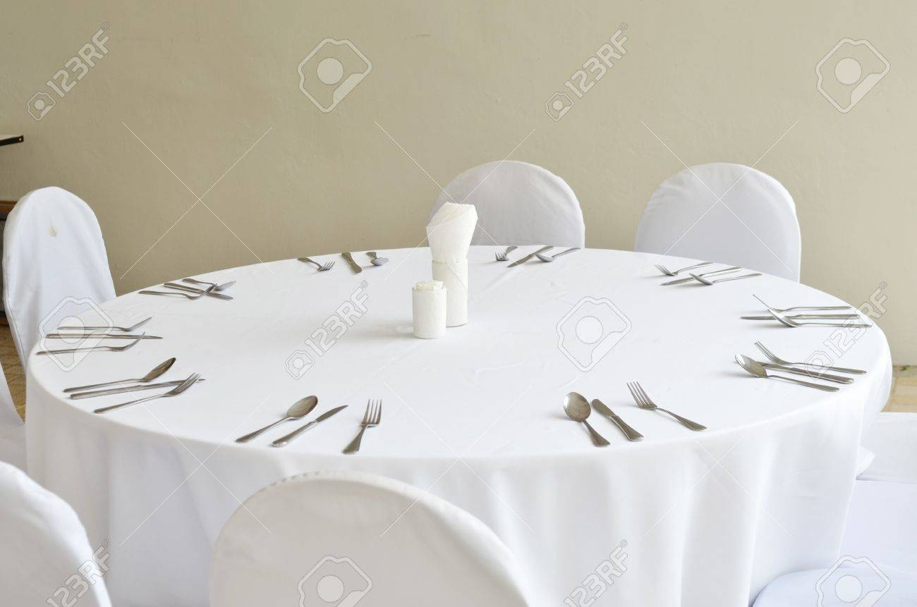 Fancy restaurant table setting - Fine Restaurant Dinner Table Place Setting Stock Photo 14914375