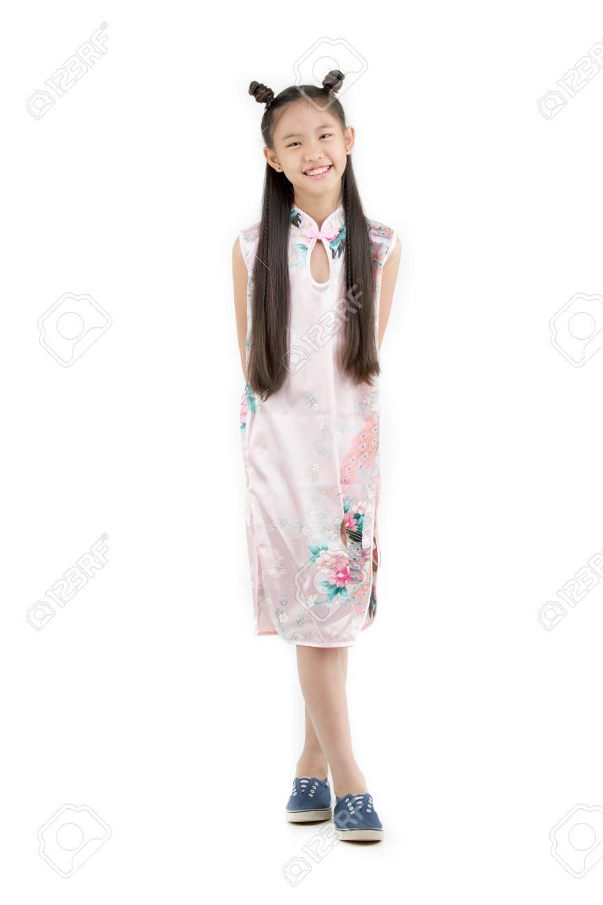 styles frais nouveaux produits pour Livraison gratuite dans le monde entier Heureux enfant chinois asiatique habiller robe traditionnelle chinoise sur  isolé