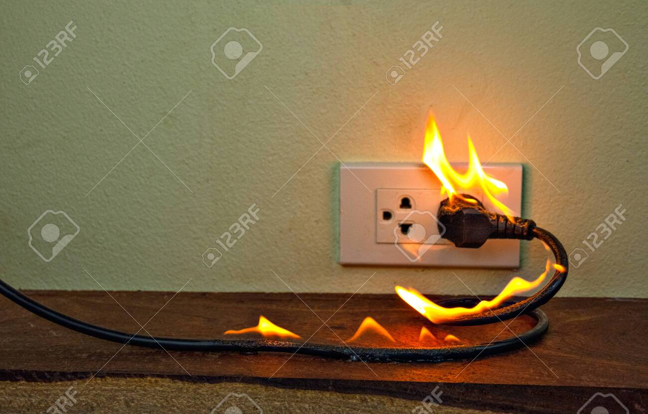 On fire electric wire plug Receptacle wall parion,Electric.. Wiring A Plug Outlet on