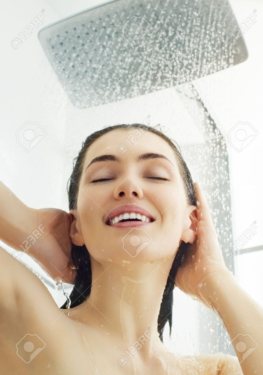 How To Prevent Underarm Odour And Sweating In Summers