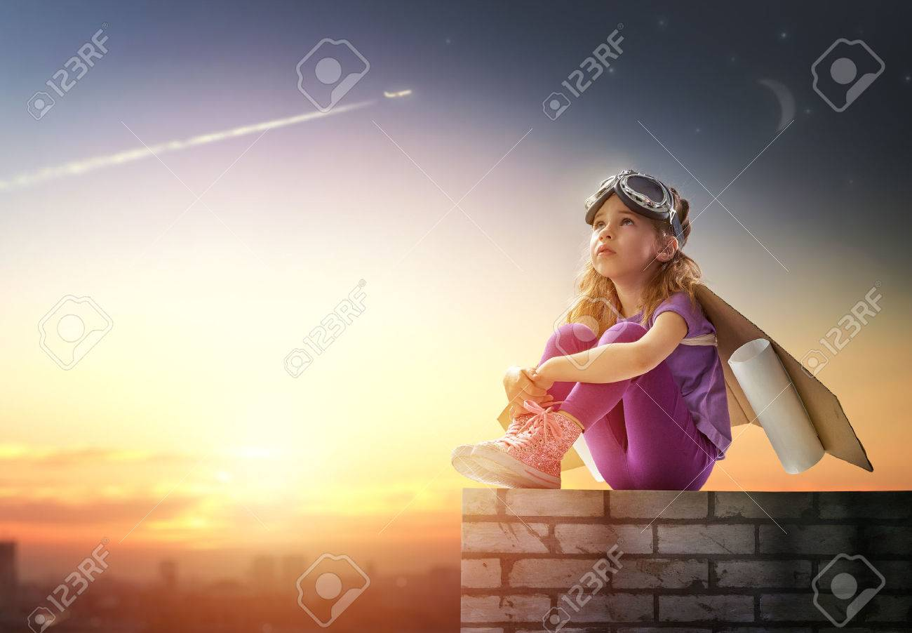 child is dressed in an astronaut costume - 42500134