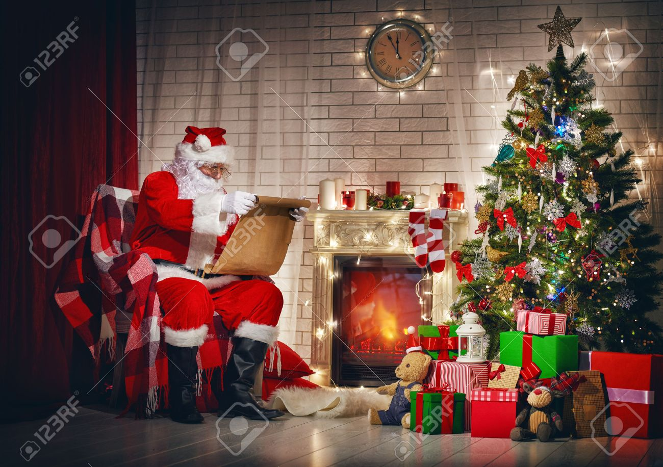santa claus clock stock photos u0026 pictures royalty free santa