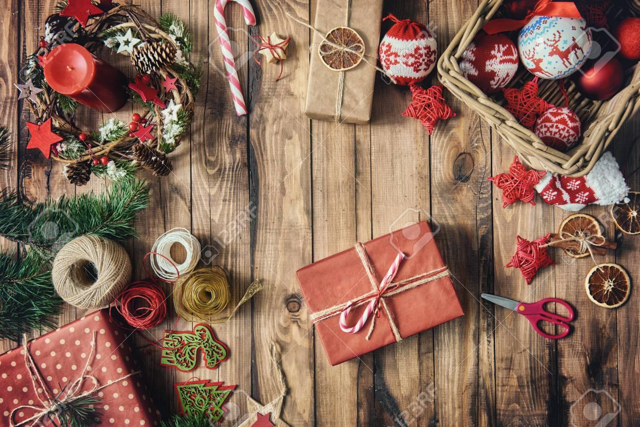 Frohe Weihnachten Und Frohe Feiertage! Flitter, Geschenke ...