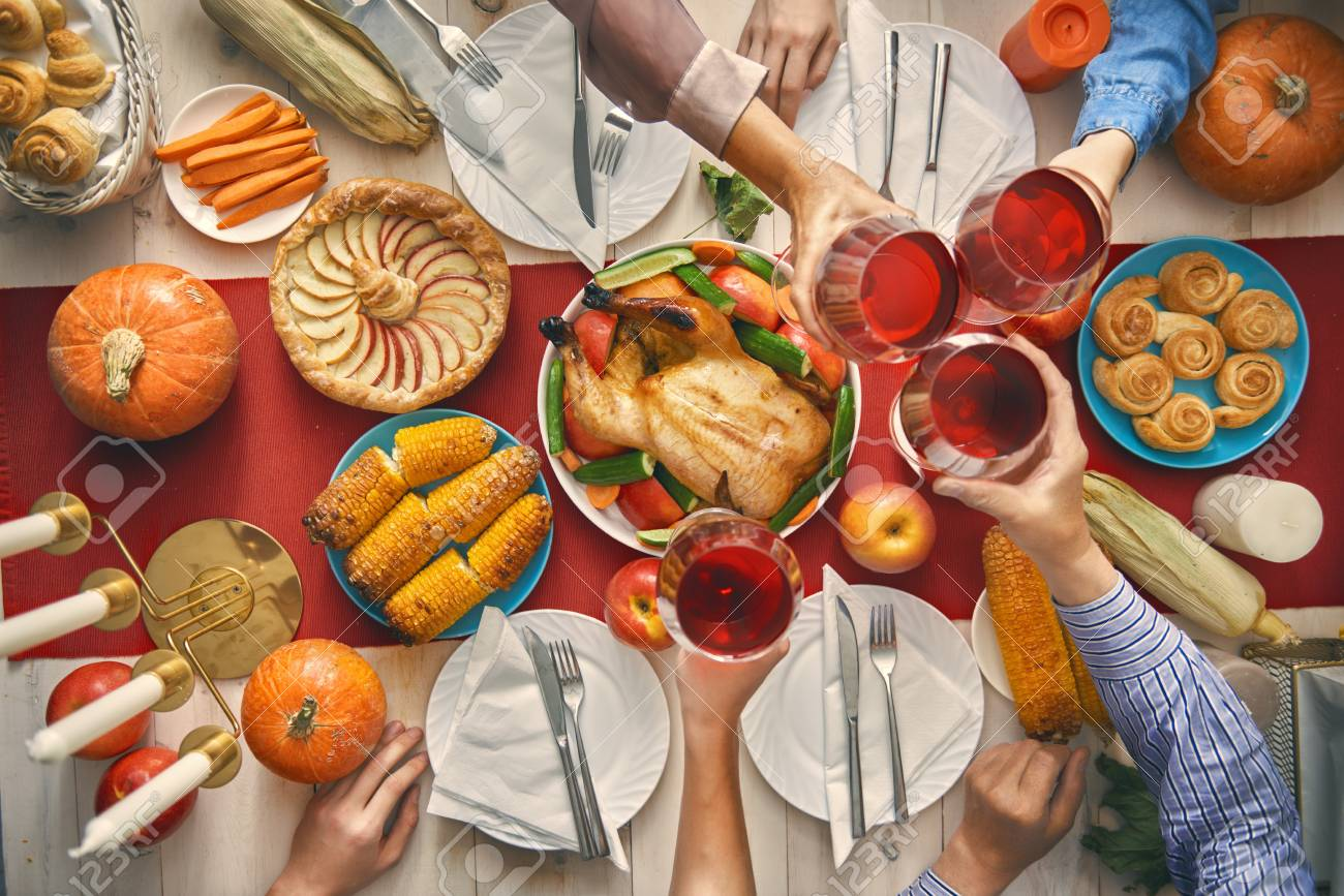 2019 year for girls- Table day Thanksgiving