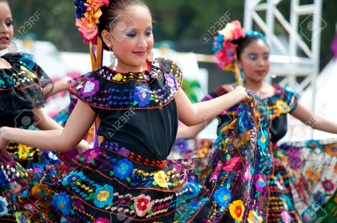 COSTA MESA, CA - JULY 24: Unidentified Mexican dancers perform in traditional costumes on stage at the Orange County State Fair in Costa Mesa, CA on July 24th 2010. Stock Photo - 15132528