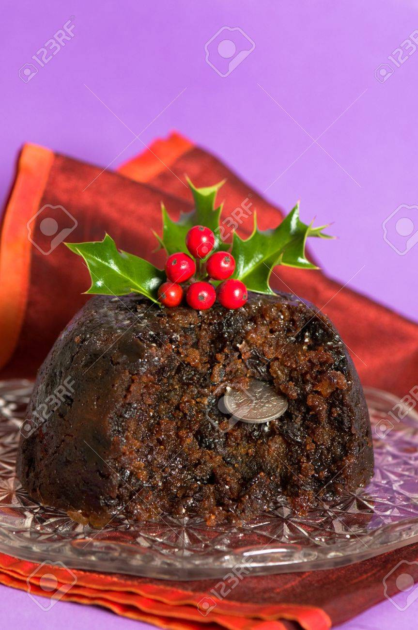 Old fashioned christmas plum pudding 91