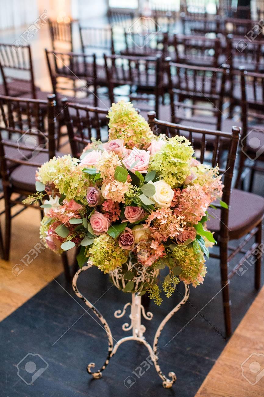 Blumen Bei Einer Hochzeit Zeremonie Einschliesslich Seeded Eukalyptus