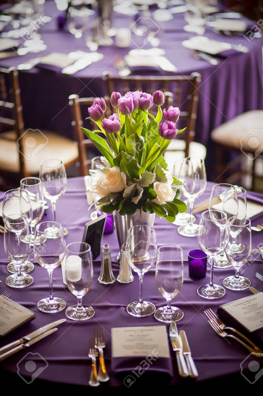 Pleasing Purple Tulips Centerpiece At A Formal Dinner Download Free Architecture Designs Estepponolmadebymaigaardcom