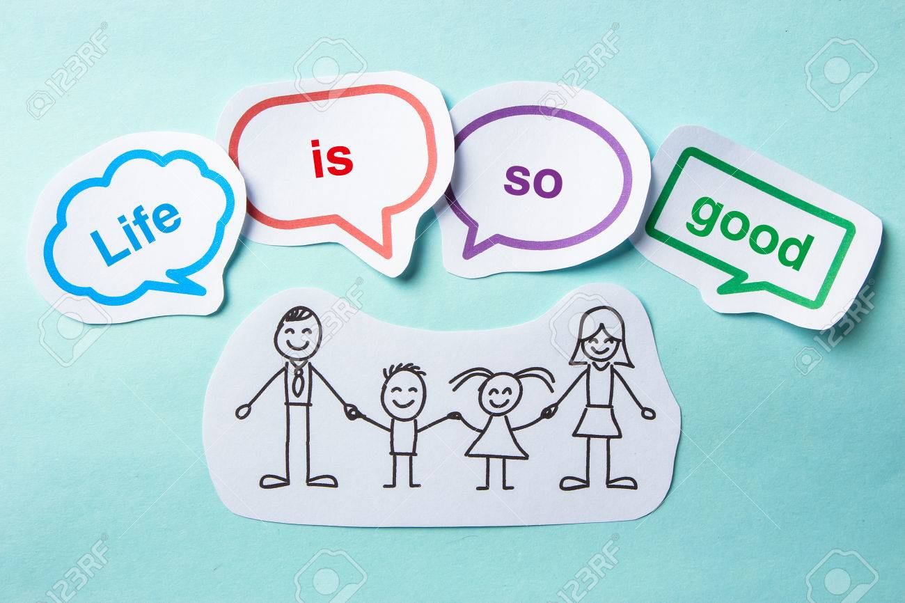 Happy paper family with speech bubbles of Life is so good concept on the blue background. - 42826416