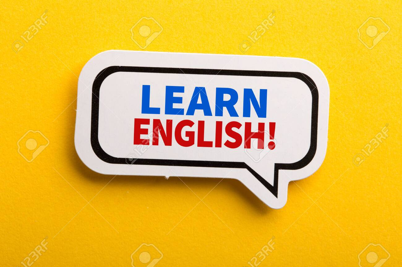 Learn English speech bubble isolated on the yellow background. - 152379892