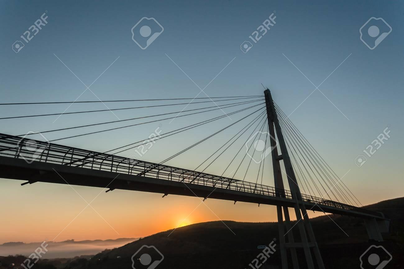 Pedestrian bridge cable structure engineering design structure