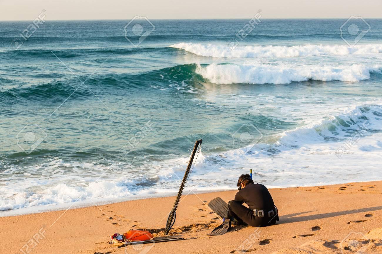 beach goggles  Diver Spear Fishing Gun Goggles Line Buoy Beach Entry Swim Into ...