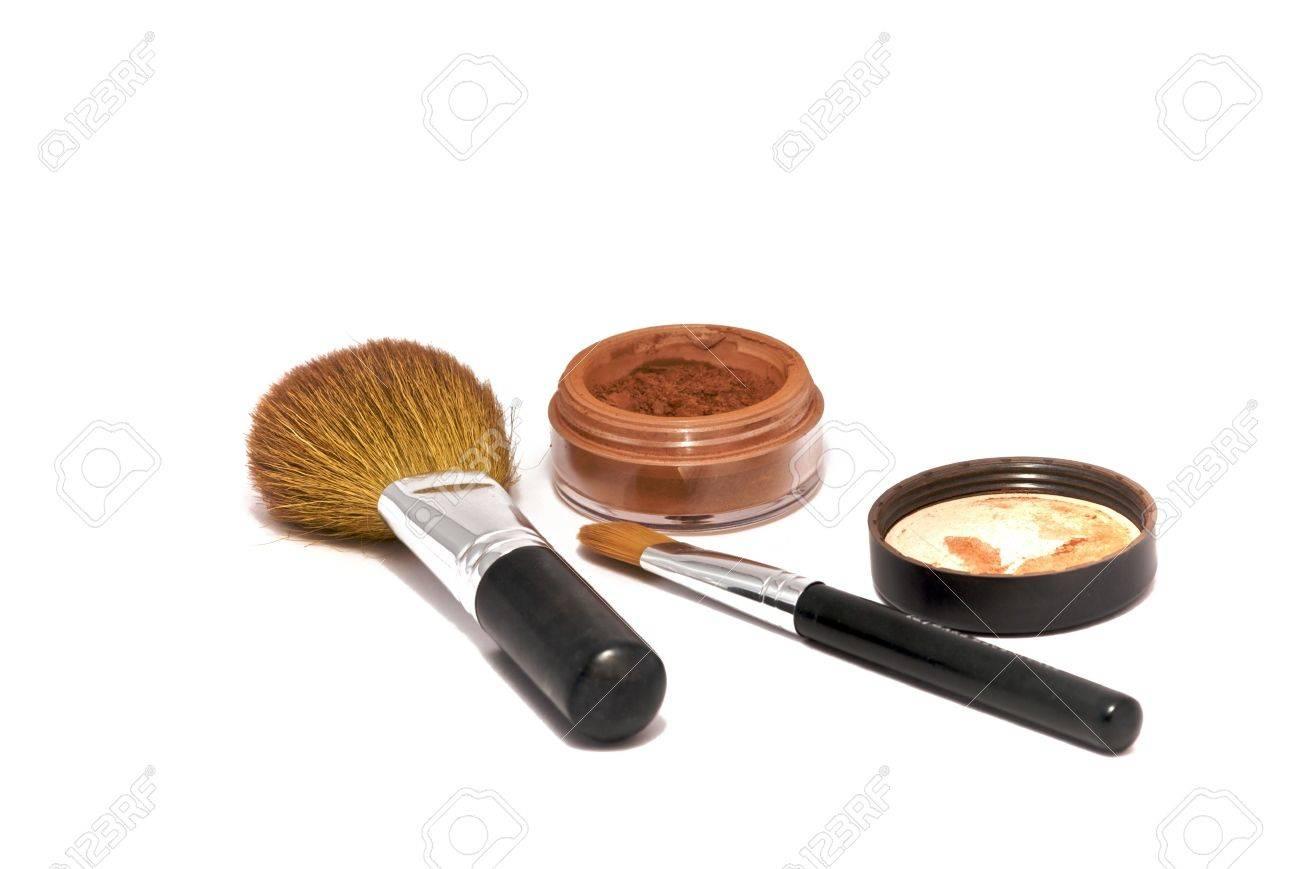 maquillaje fondo blanco