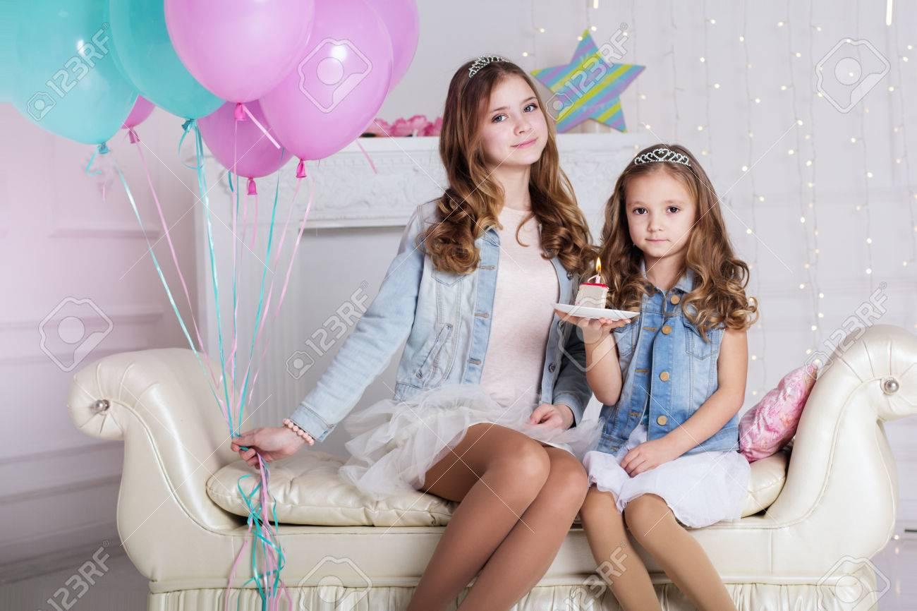 chicas dos hermanas