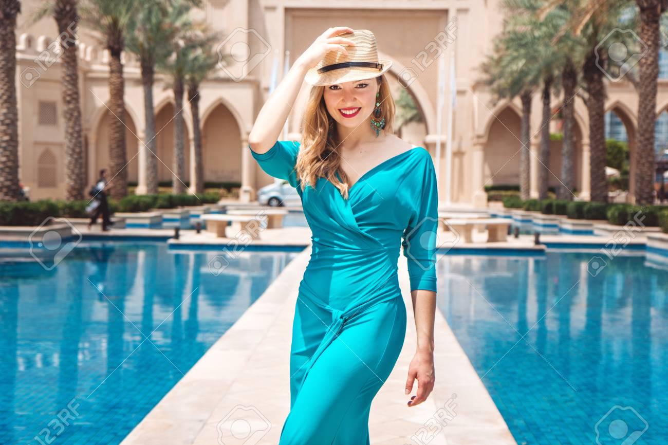 Dubai Kleider