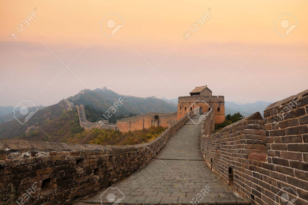 the great wall of china in autumn dusk Stock Photo - 11486763
