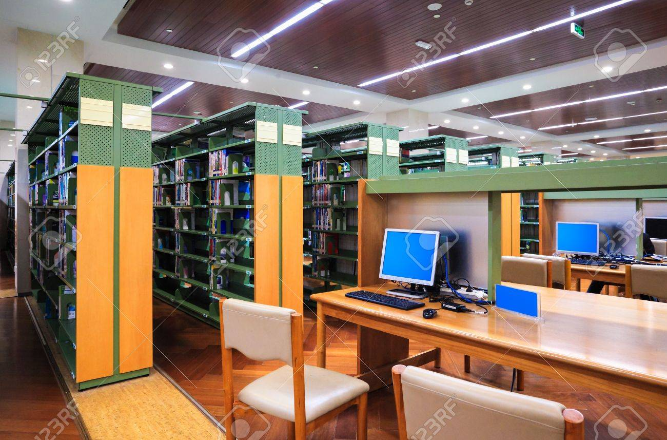 modern library interior,library setting with books and computers