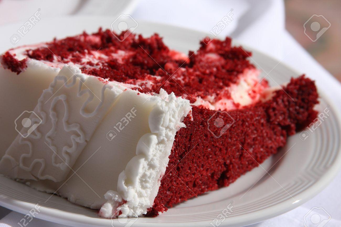 Terciopelo rojo pastel de bodas