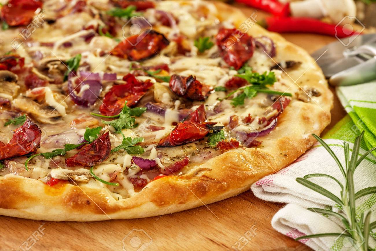 Wood oven pizza - 47652758