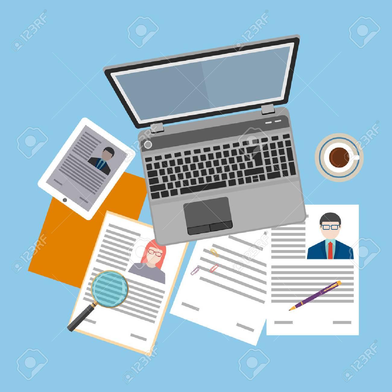 Vista Superior De Lugar De Trabajo Con Documentos Y Un Ordenador ...