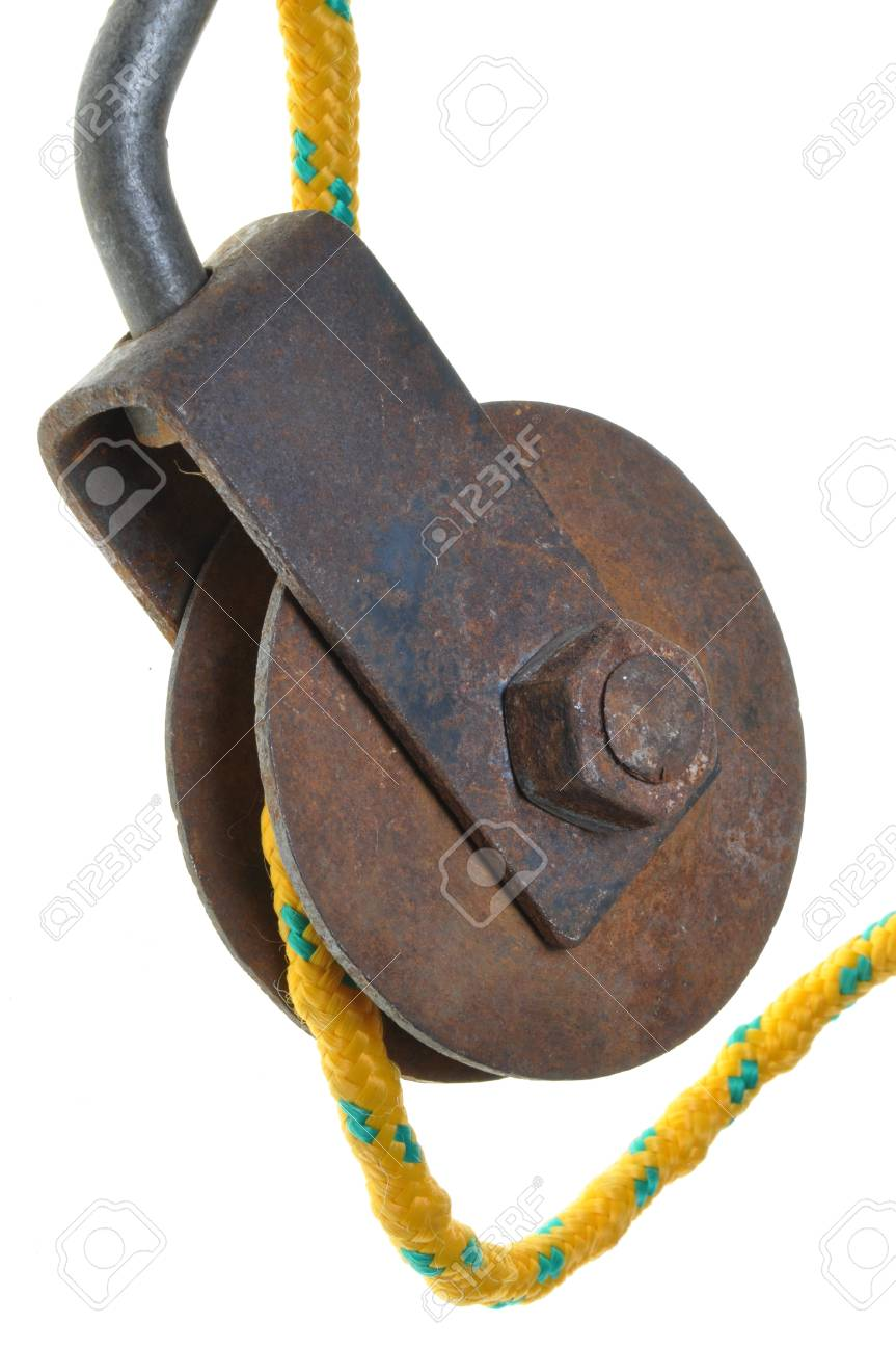 Old rusty pulley with rope Stock Photo - 16213879