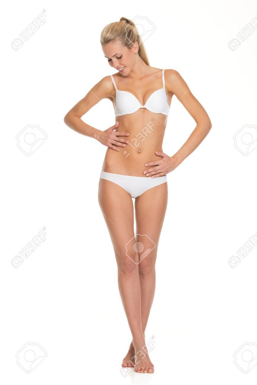 Retrato De Cuerpo Entero De Una Mujer Joven En Ropa Interior ...