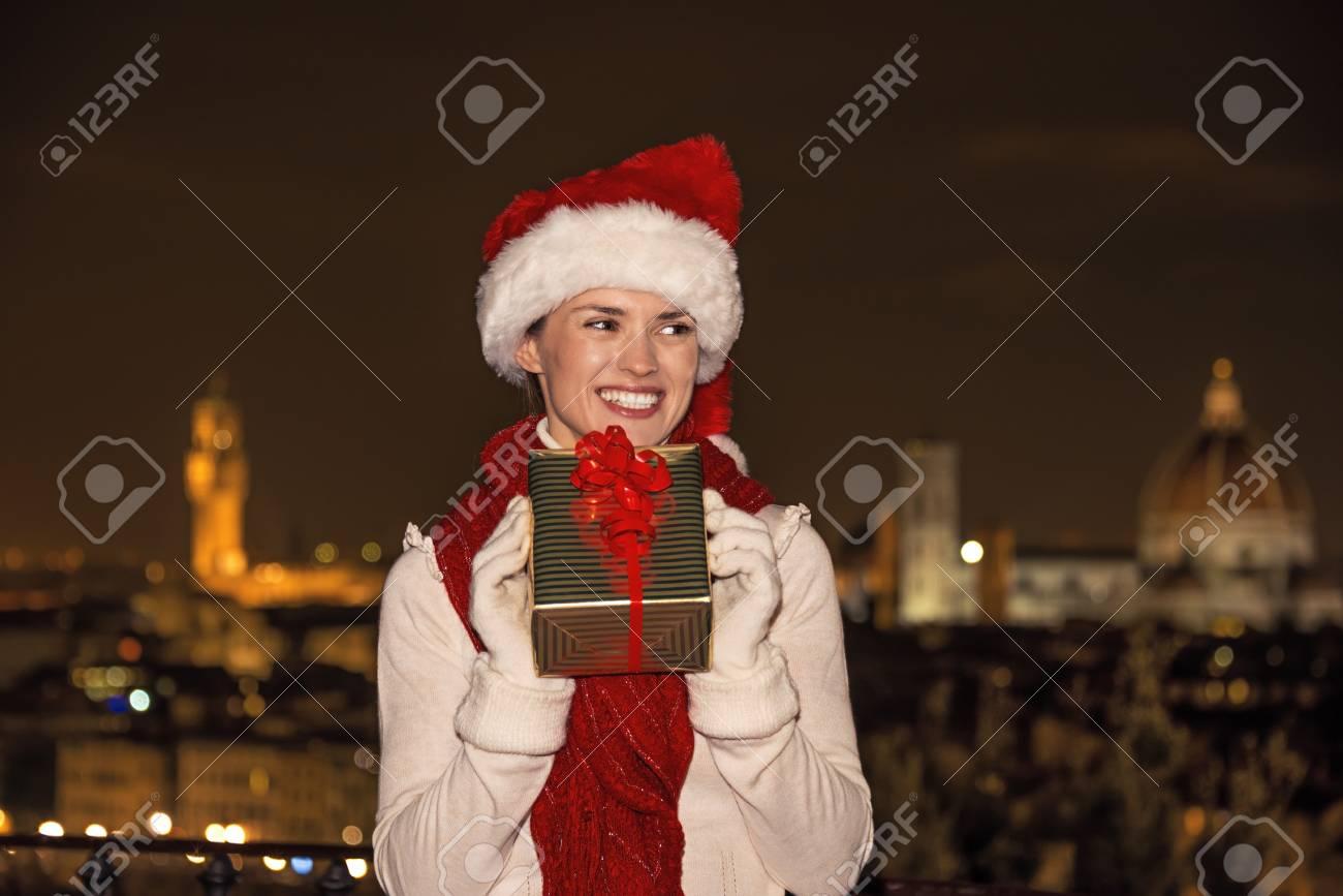 Reise Voller Inspiration Zur Weihnachtszeit In Florenz. Glückliche ...