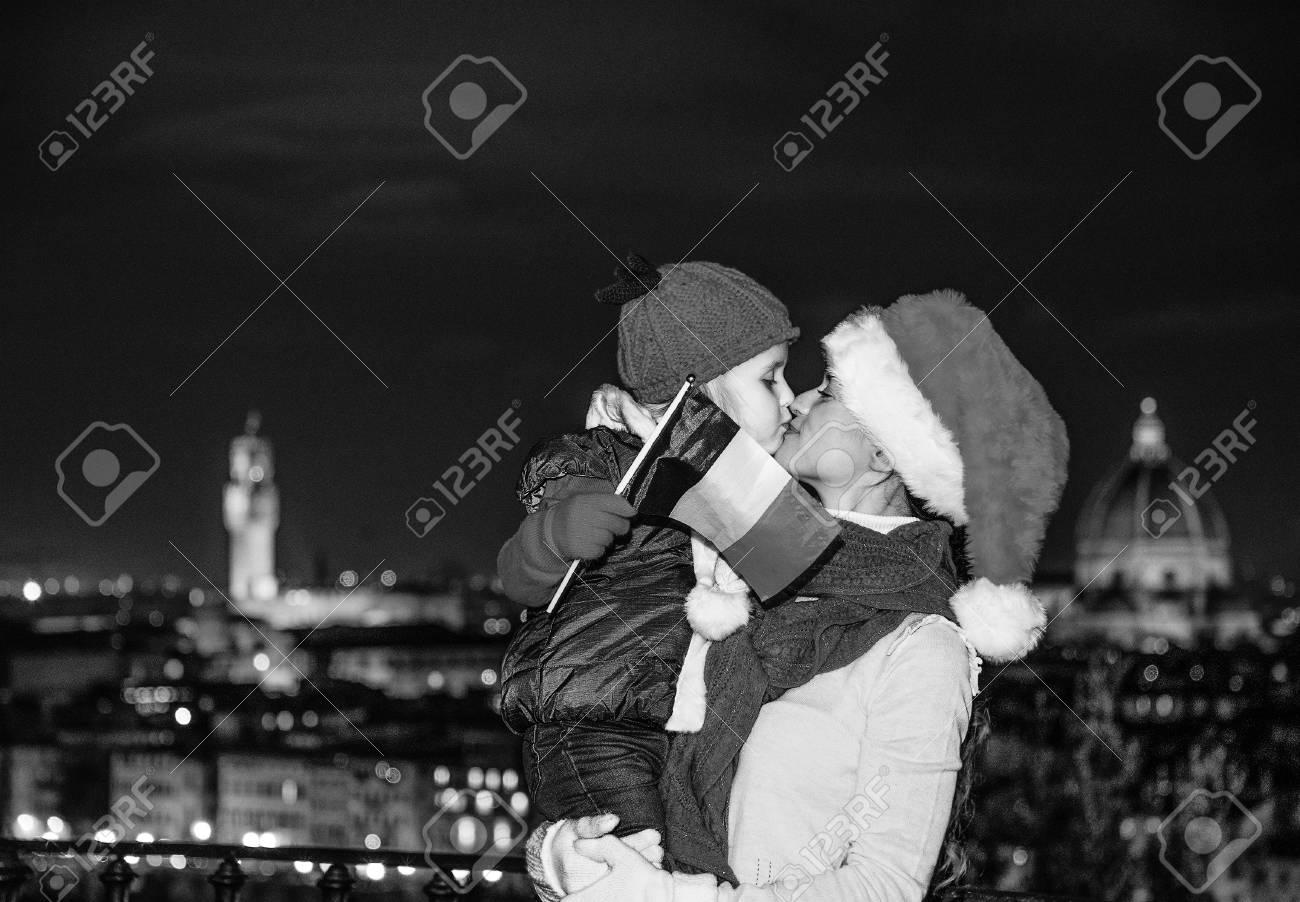 Trip Voller Inspiration In Der Weihnachtszeit In Florenz. Junge ...