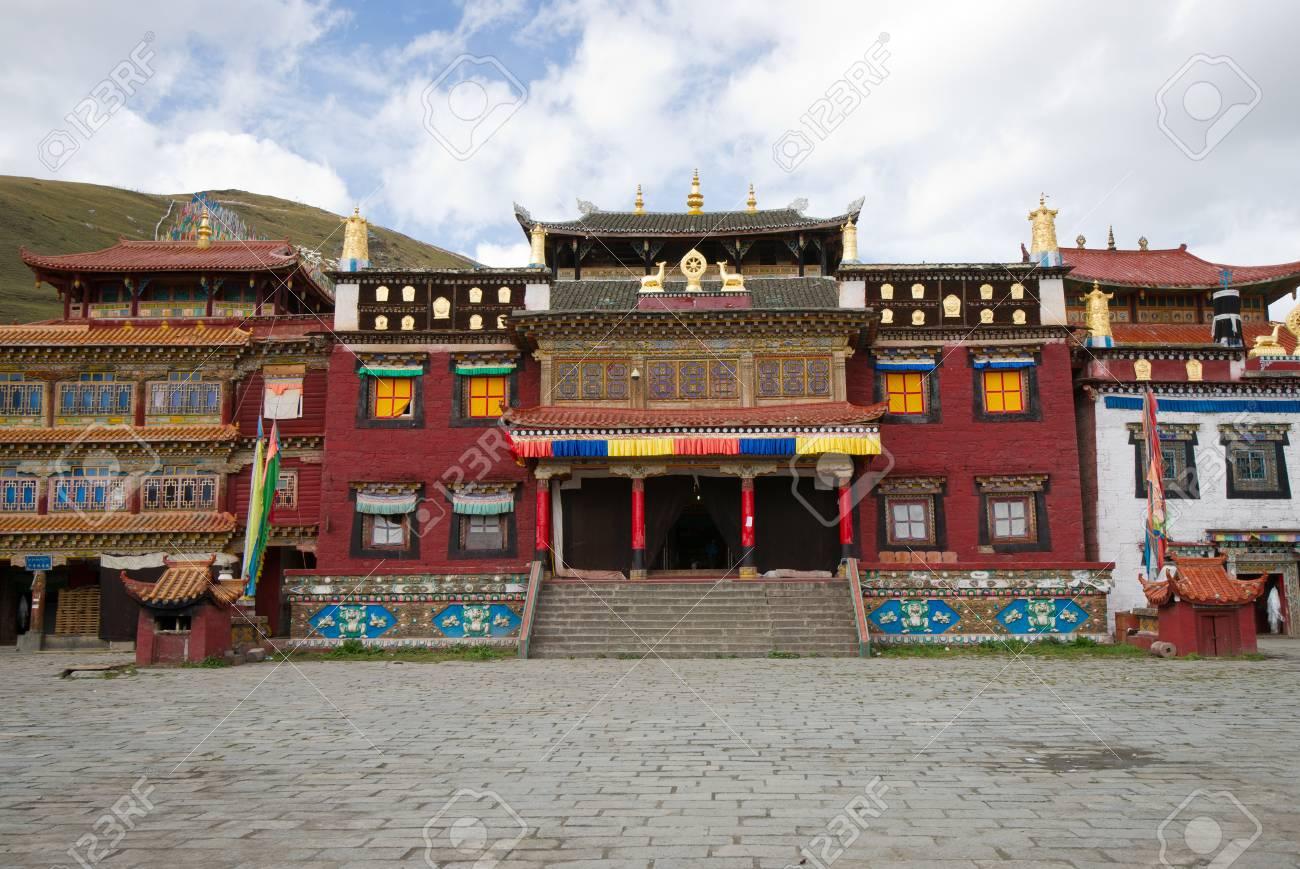 Tibetan temple.sichuan,china Stock Photo - 11116976