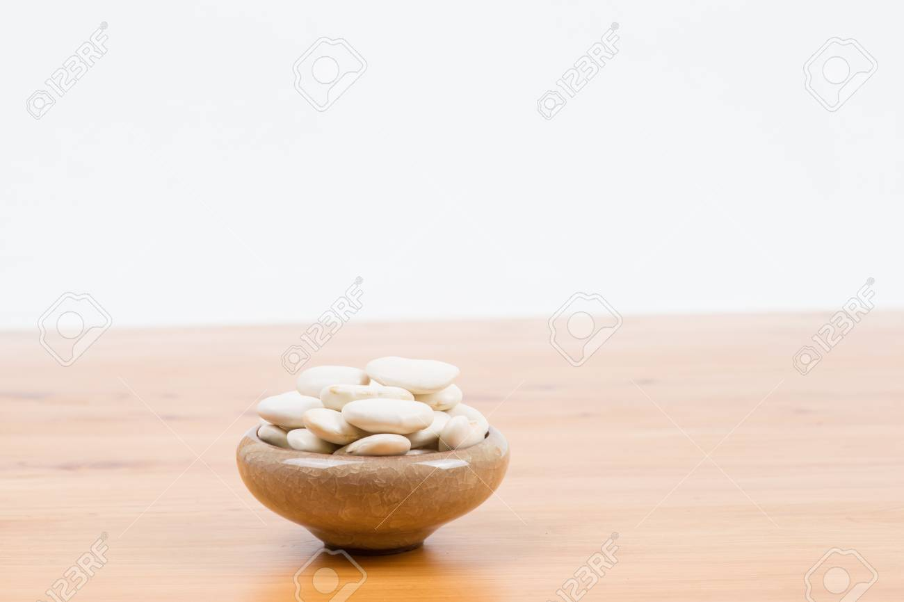 large lima beans in bowl on table Stock Photo - 16758428