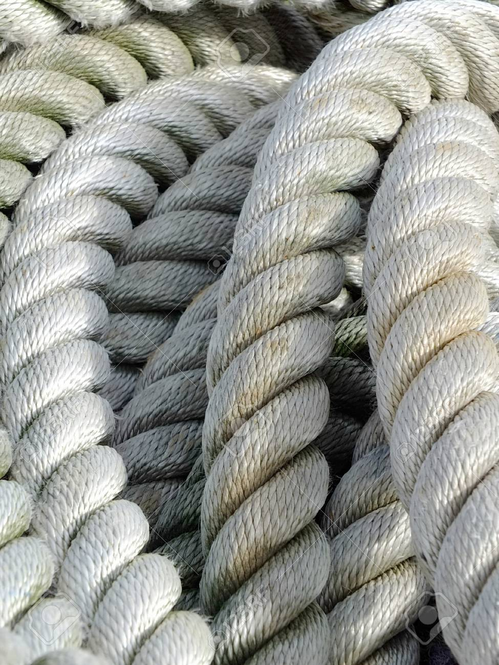 Image of a old boat rope Standard-Bild - 47932996