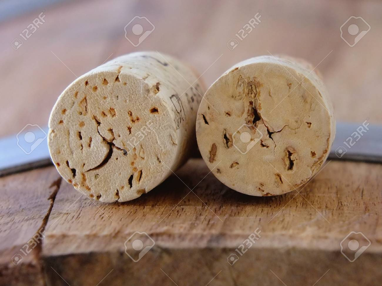 Image of two wine corks Standard-Bild - 48700109