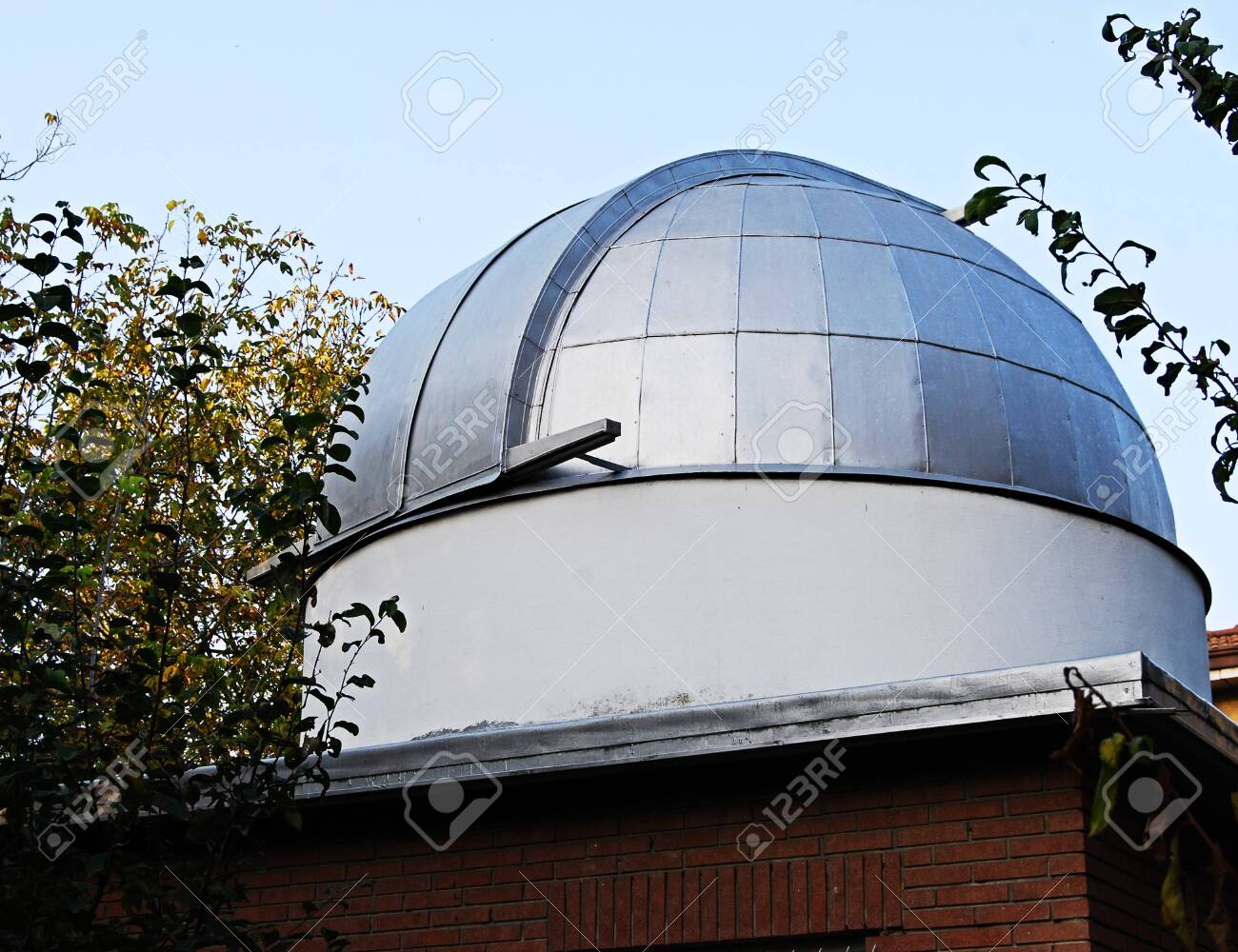 Astronomical homemade dome for telescope - 151984595