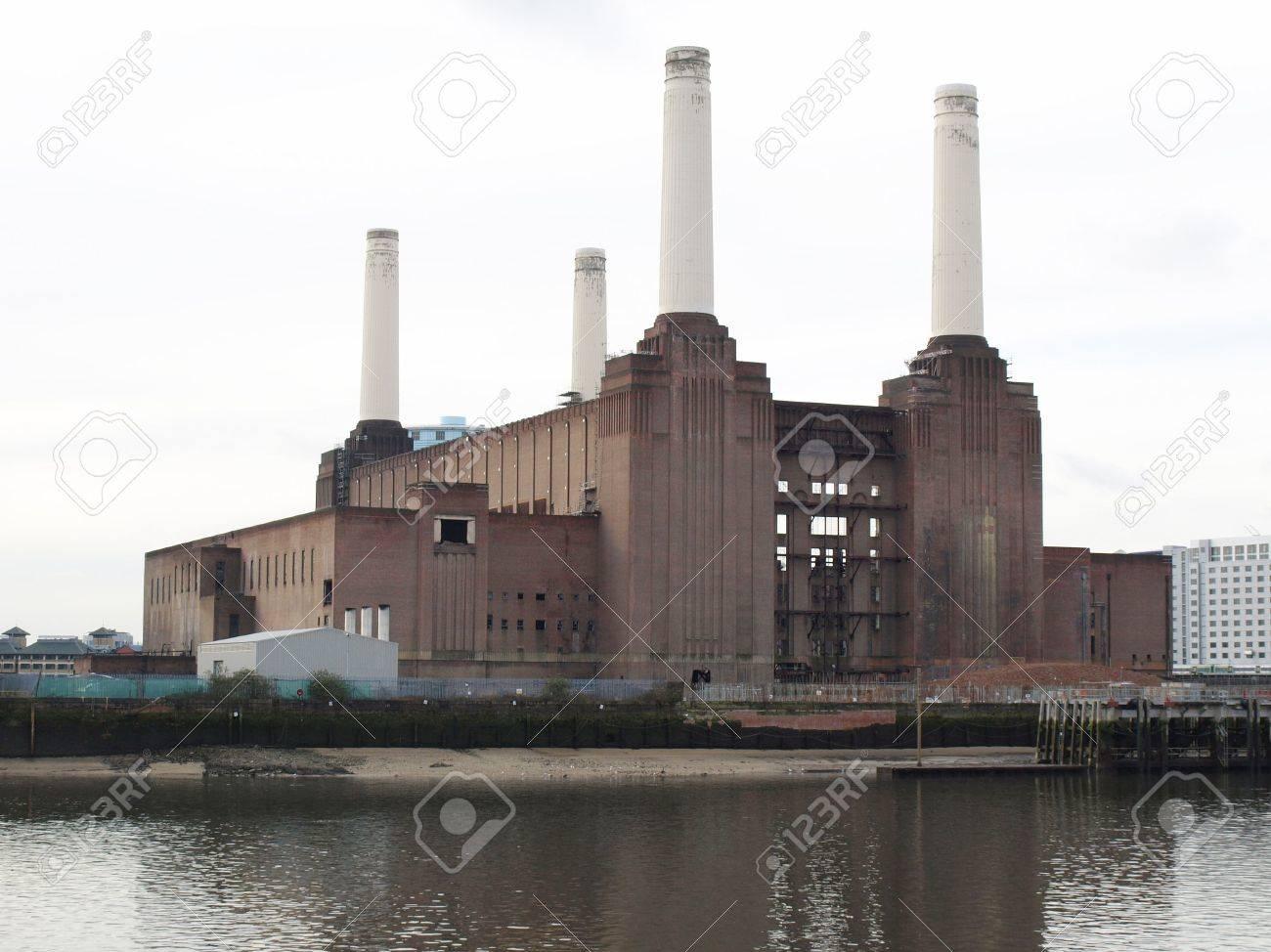 London Battersea powerstation, a landmark abandoned factory Stock Photo - 4651694