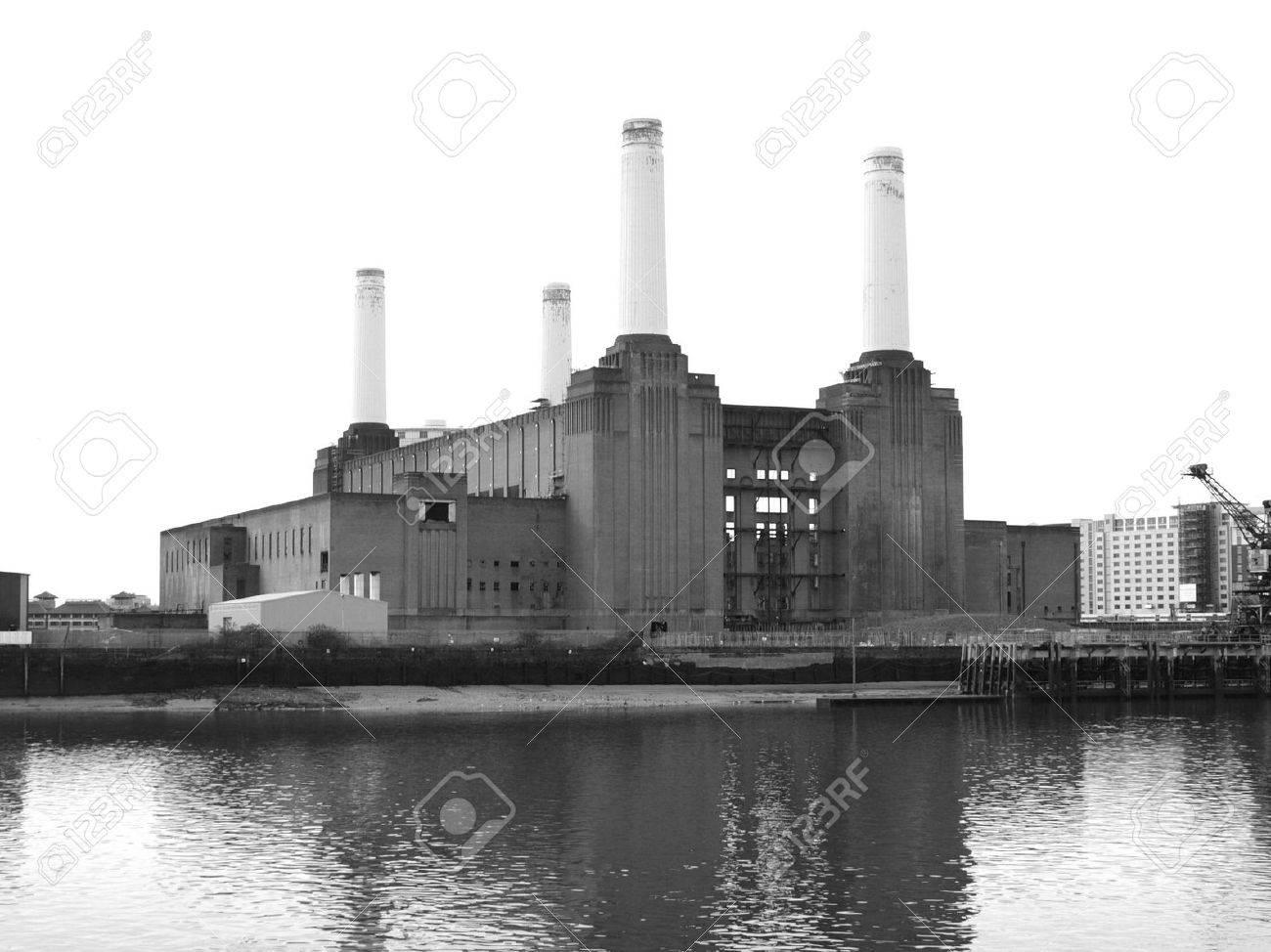 London Battersea powerstation, a landmark abandoned factory Stock Photo - 4720447