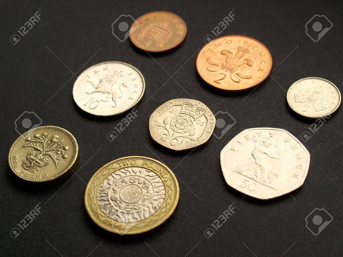 Britische Pfund Münzen Uk Währung über Einem Dunklen Hintergrund