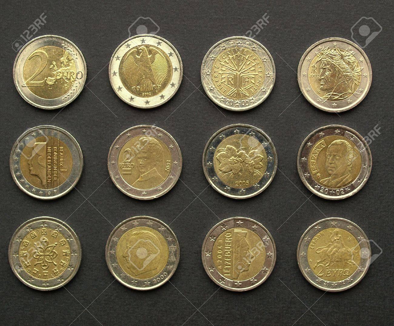 Bereich Der Europäischen 2 Euro Münzen Aus Vielen Ländern Darunter