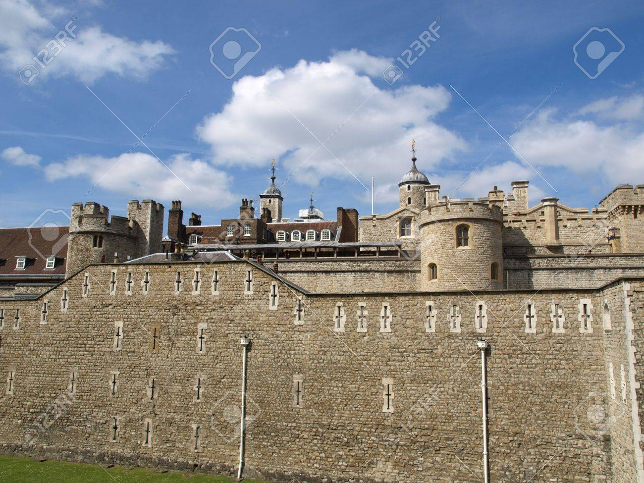 The Tower of London, medieval castle and prison Stock Photo - 7253876