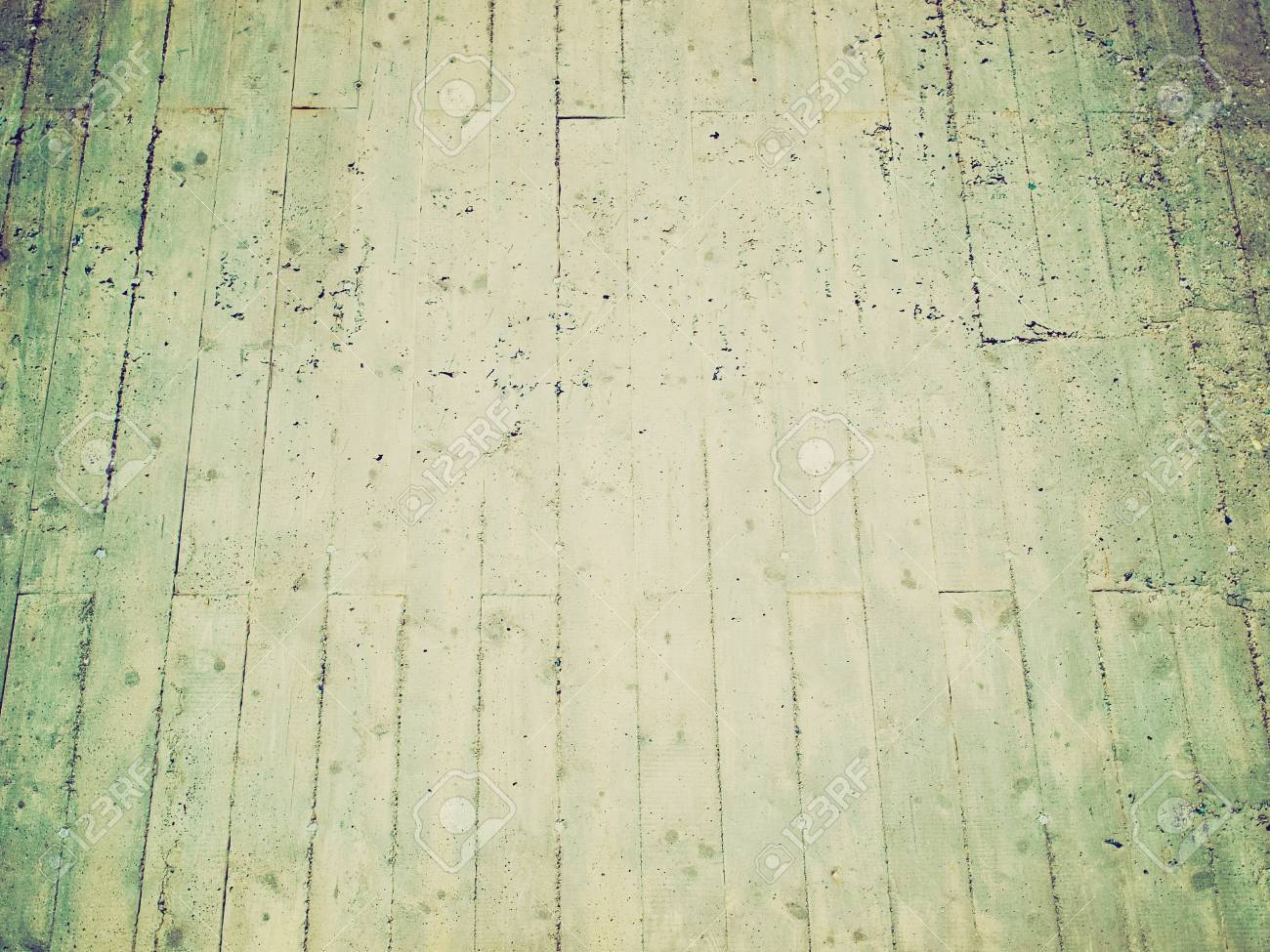 Vintage looking raw concrete wall useful as a background Stock Photo - 22543019