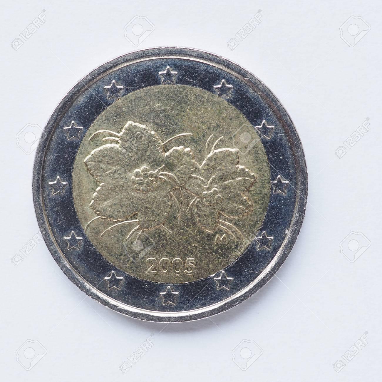 Währung Europas 2 Euro Münze Aus Finnland Lizenzfreie Fotos Bilder