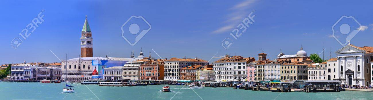 panoramic vie of venice Italy Stock Photo - 11305421