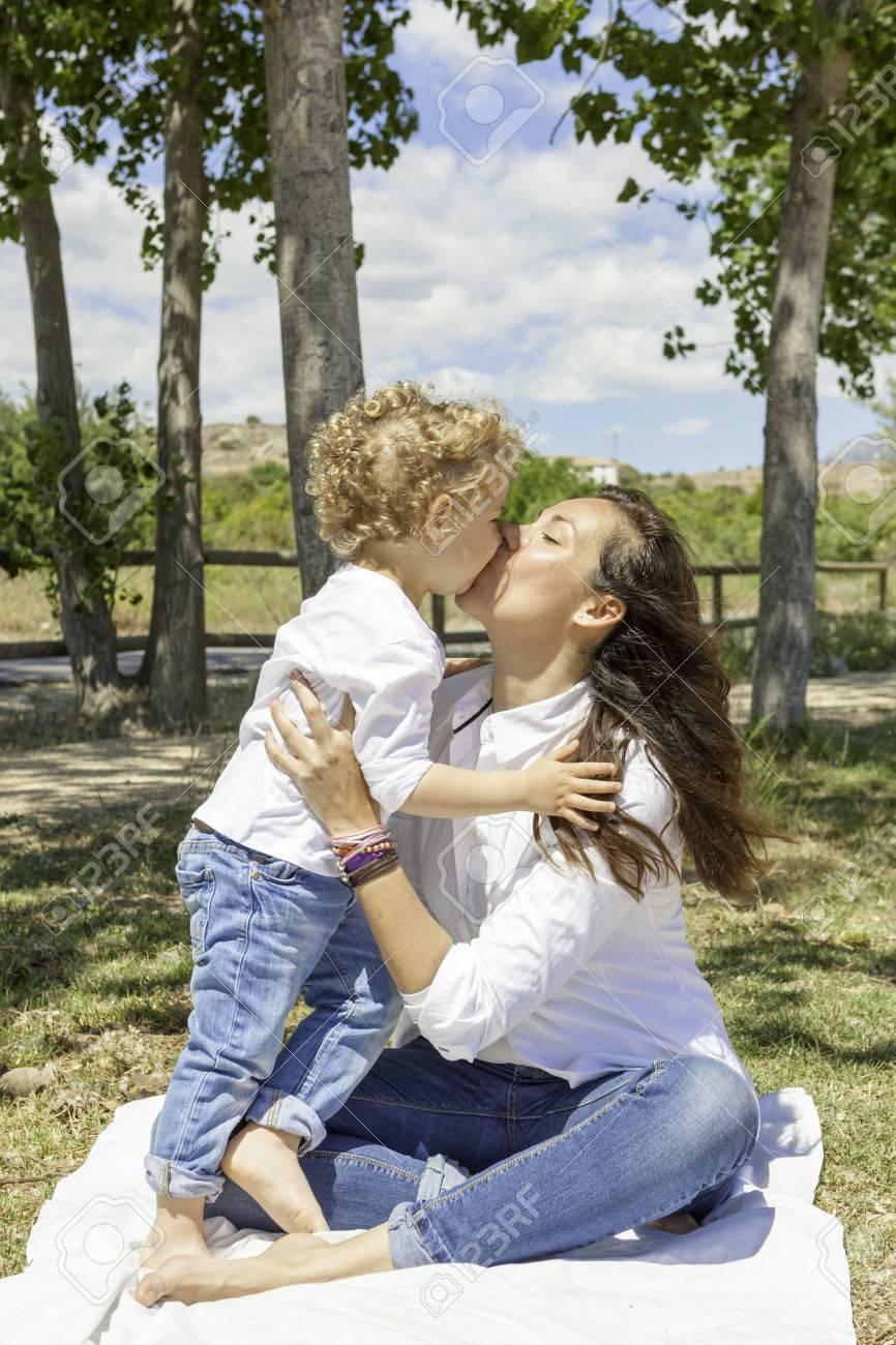 maman et fils Romance sexe maman dans douche porno