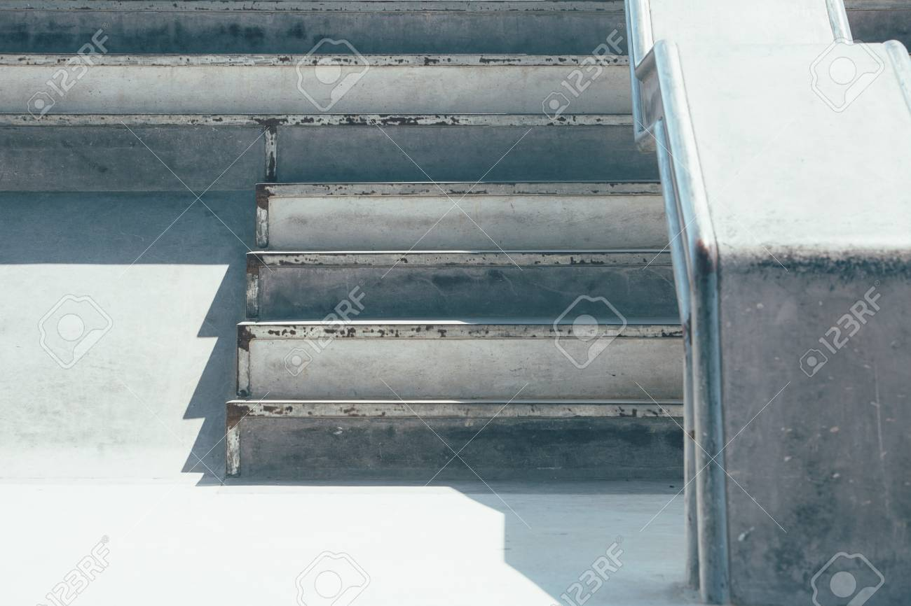 View of the detail of a ramp and the stairs used as obstacles