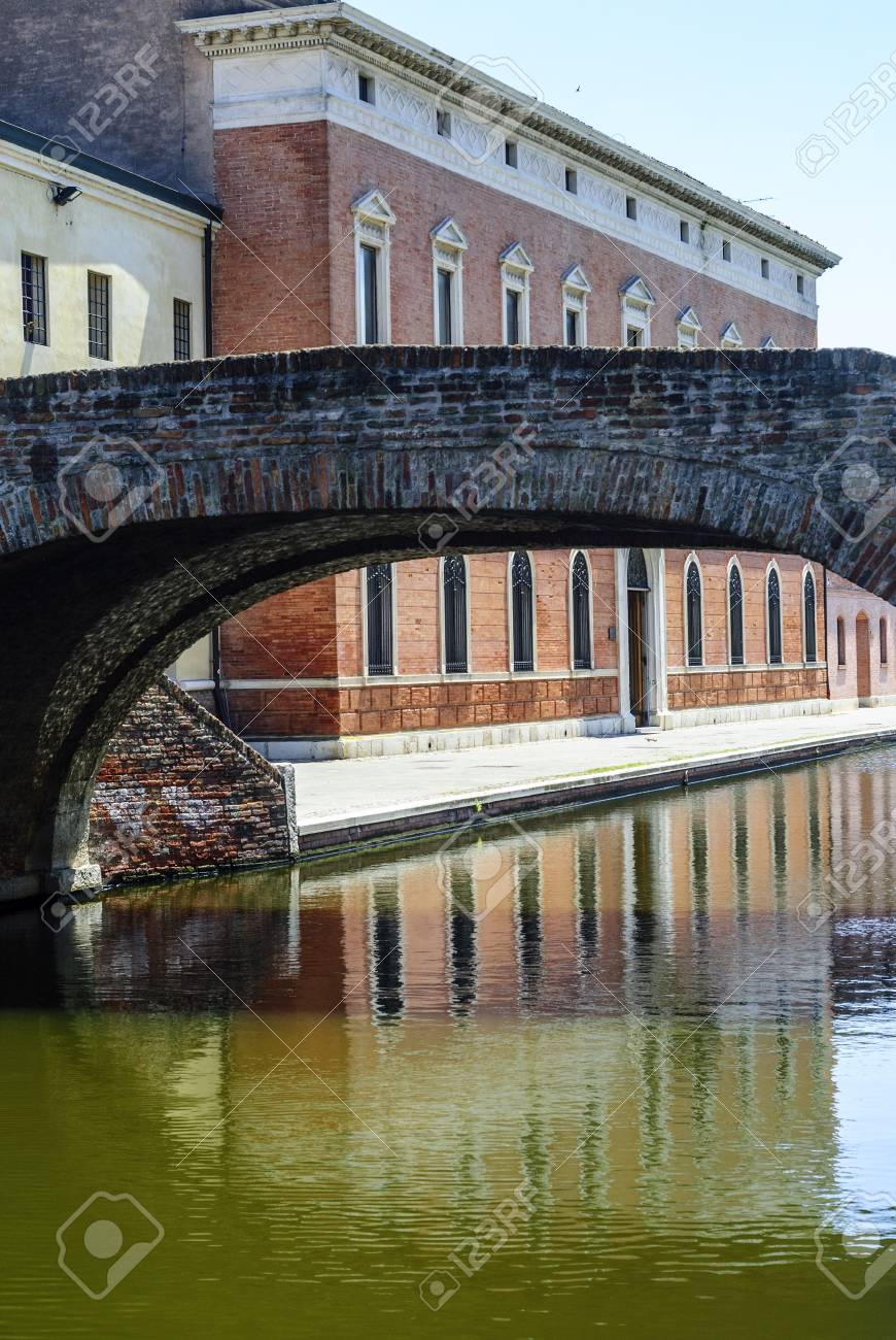 Comacchio (Ferrara, Emilia Romagna, Italy) - Bridge over a canal Stock Photo - 17288717