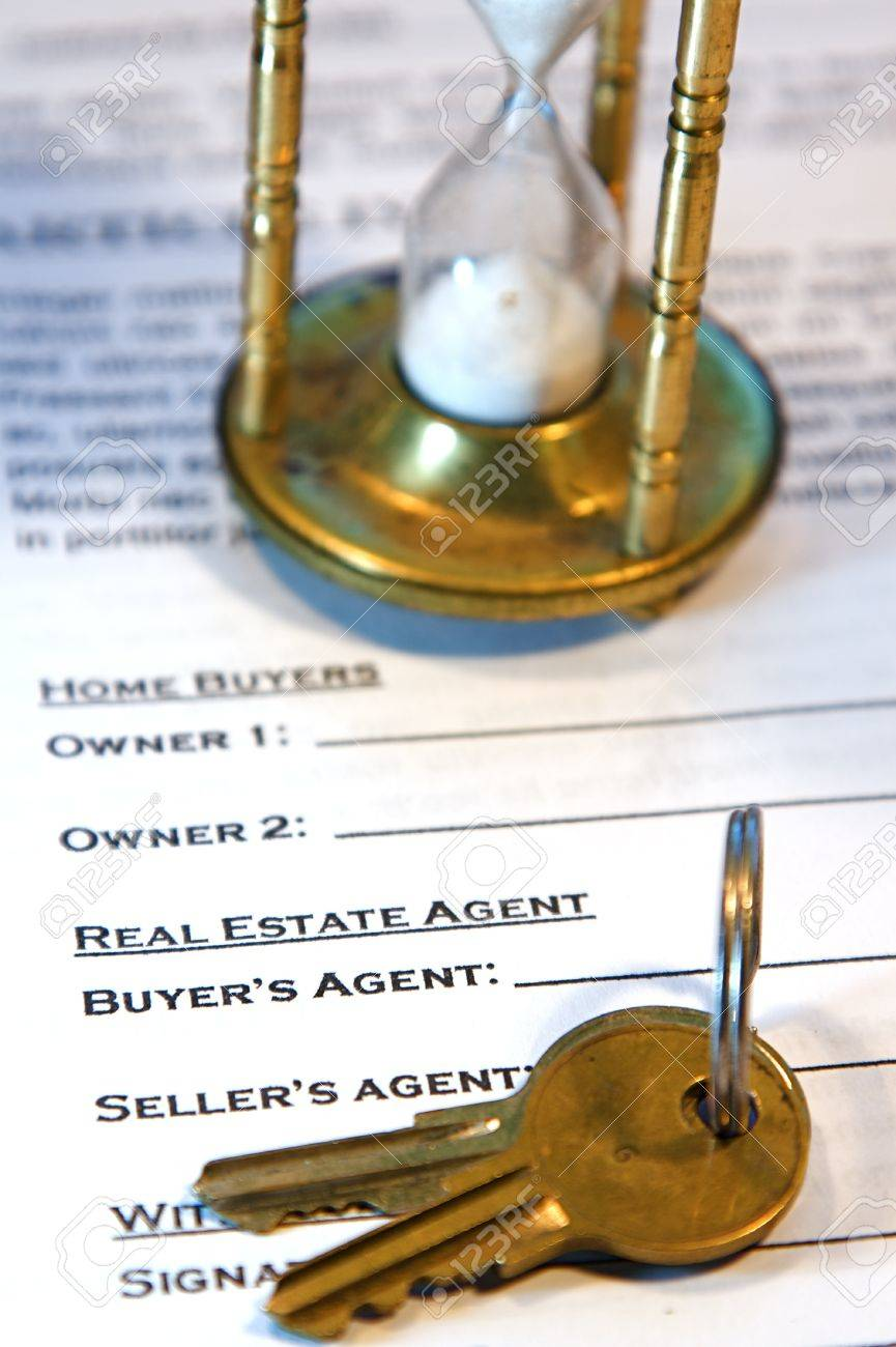 Contract for the sale of a New Home (lorem ipsum - fake text) Stock Photo - 11043309