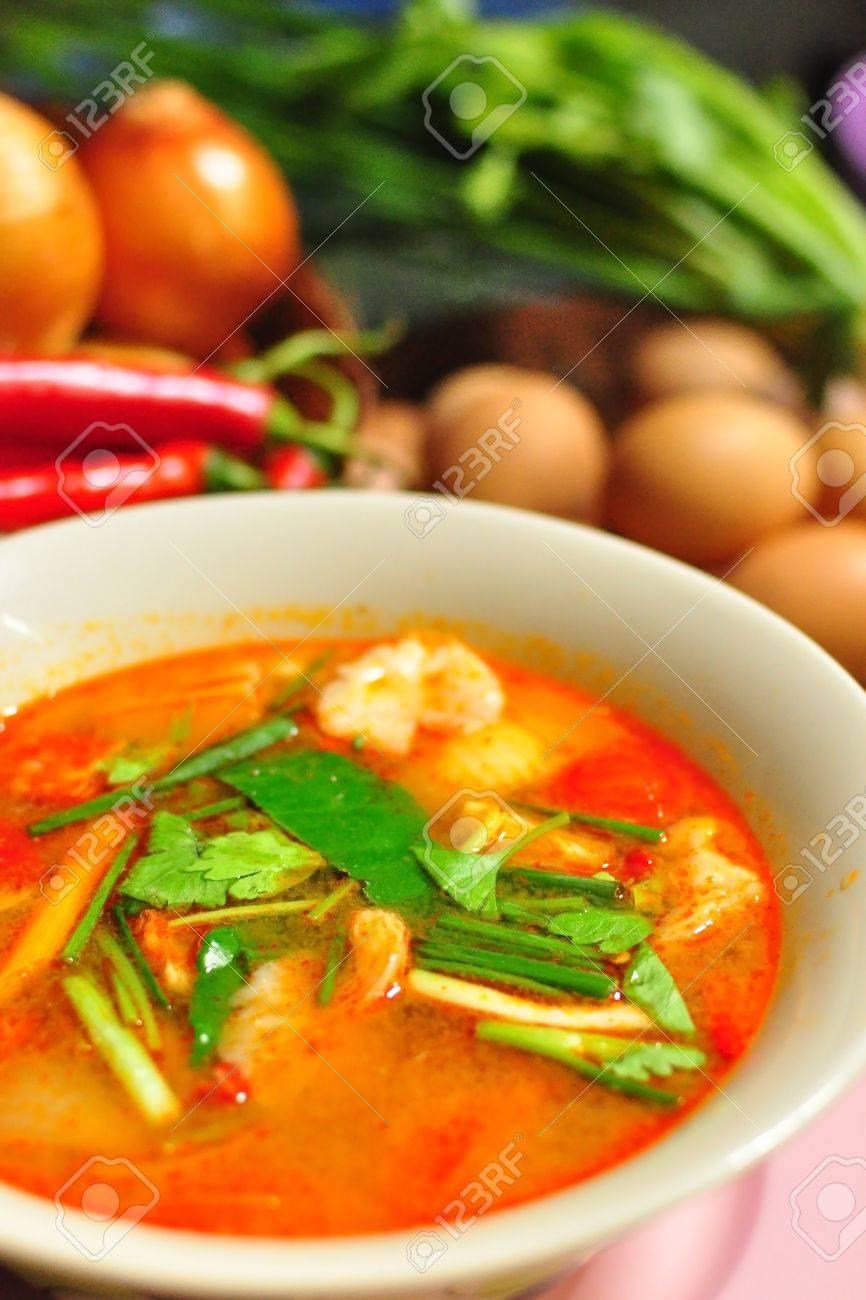 Spicy Thai food Tom Yum Goong Stock Photo - 14083553