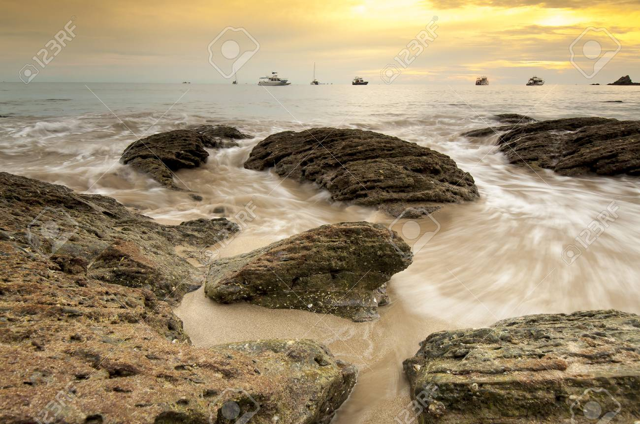Beautiful seascape Stock Photo - 19296007